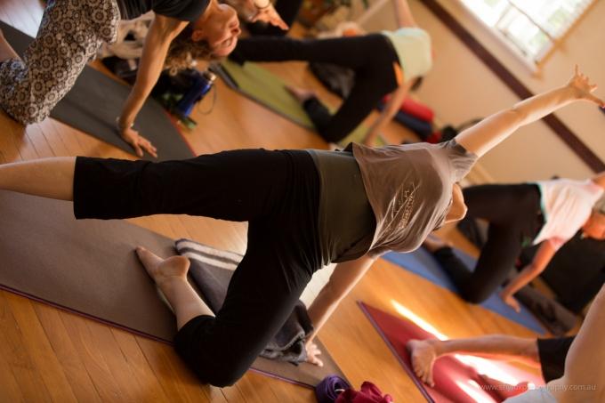 photo of a beautiful yoga class, by Brisbane portrait photographer Shy Fox Photography